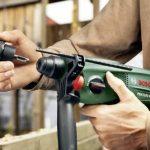 """Bosch Perforateur """"Universal"""" PBH 2100 SRE avec coffret, mandrin et butée de profondeur 06033A9301 de la marque Bosch image 3 produit"""